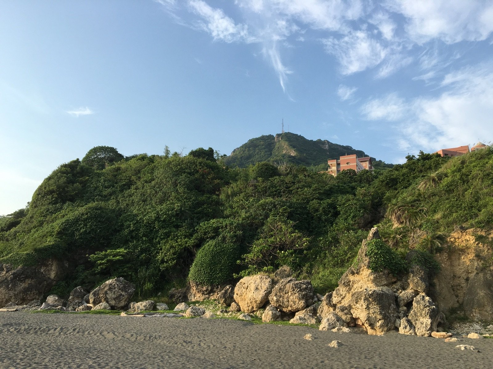 Secret Beach in Shizhiwan